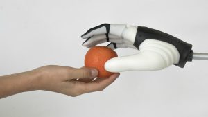 Mia: la mano robotica vince il Red Dot Design Award