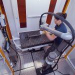 Qube: OMRON e AWL presentano la cella cobot di saldatura flessibile
